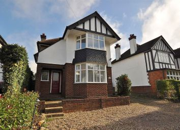 Thumbnail 3 bed detached house to rent in Watling Street, Park Street, St.Albans