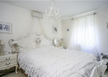 Thumbnail 2 bed flat to rent in Woodgate Drive, Streatham Common, London