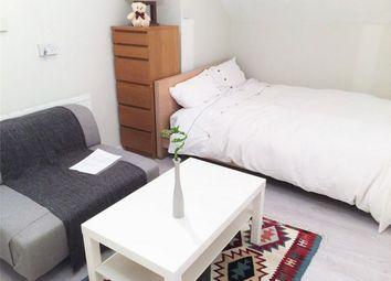 Thumbnail Studio to rent in Roxborough Avenue, Harrow, Greater London
