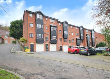Garlands Road, Redhill RH1. 1 bed flat for sale