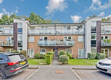 Thumbnail 2 bed flat to rent in Imber Cross, Thames Ditton