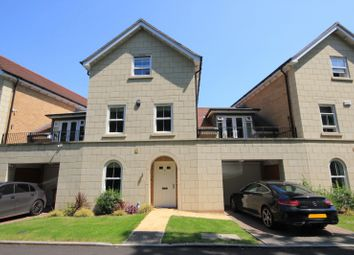 4 bed town house for sale in Reservoir Crescent, Reading RG1