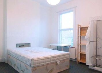 Thumbnail 6 bed shared accommodation to rent in Swallowfield Road, Charlton
