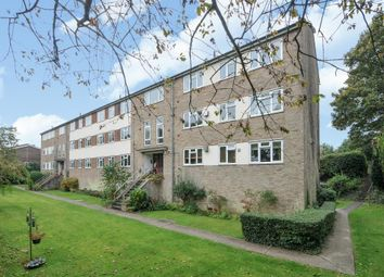 Thumbnail 2 bedroom flat for sale in Old Bath Road, Newbury