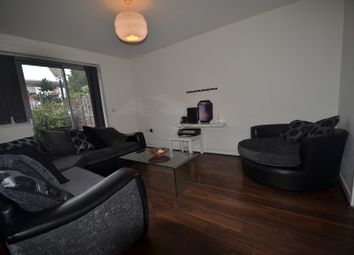 Thumbnail 2 bed flat to rent in Violet Road, London, Greater London.
