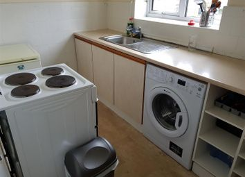Thumbnail 2 bedroom property to rent in Sunnybank Avenue, Coventry