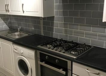 Thumbnail 2 bed flat to rent in Richmond Road, Leicester