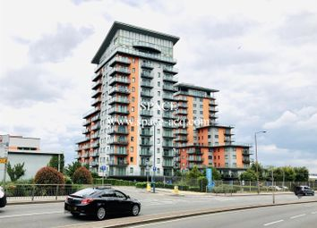 Thumbnail 2 bed flat to rent in Mizzen Mast House, Mast Quay, Woolwich, London