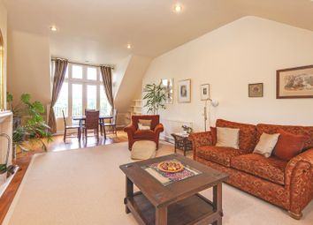Thumbnail 3 bed flat for sale in Hampstead Hill Gardens, London