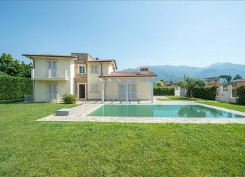 Thumbnail 3 bed detached house for sale in 55045 Pietrasanta Lu, Italy