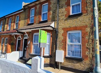Thumbnail 1 bed flat to rent in Windmill Road, Gillingham