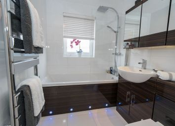 Thumbnail 2 bed flat for sale in Northway, Rickmansworth