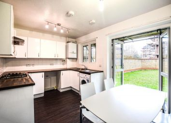 4 bed property to rent in Sterling Place, London W5