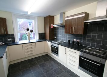 Thumbnail 9 bed property to rent in Hyde Park Road, Hyde Park, Leeds