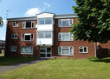 Thumbnail 2 bed flat to rent in Deansway, Warwick
