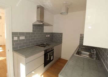 Thumbnail 1 bed flat to rent in Flat, Beverley Road, Hull