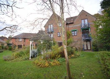Thumbnail 2 bedroom flat for sale in Three Gates Lane, Haslemere