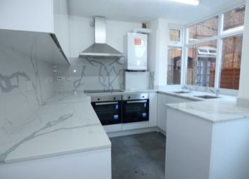 Thumbnail 6 bed shared accommodation to rent in Swanston Grange, Dunstable Road, Luton