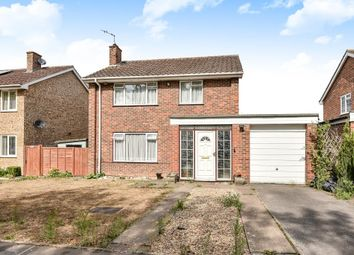 Thumbnail 3 bedroom detached house to rent in Court Close, Maidenhead