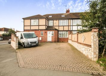 Thumbnail 6 bed property to rent in High Road, Broxbourne