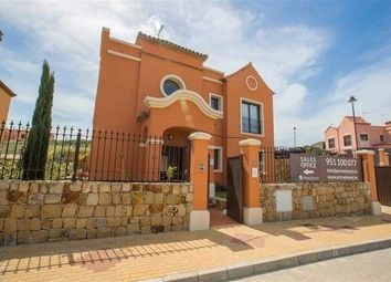 Thumbnail 3 bed property for sale in Estepona, Malaga, Spain