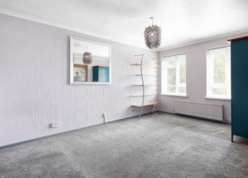 Thumbnail 1 bed flat to rent in Caistor Road, Balham