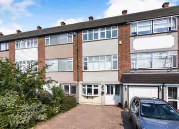 4 bed town house for sale in Rushdon Close, Grays RM17