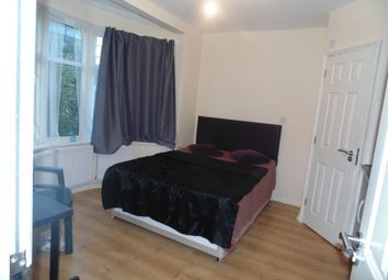 Thumbnail Room to rent in Northview Crescent, Neasden