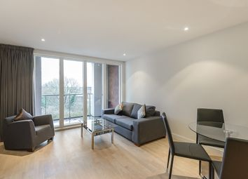 Thumbnail 1 bed flat to rent in Brentford, Kew