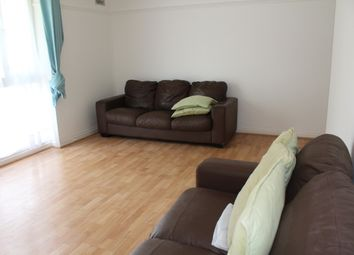 Thumbnail 2 bed flat to rent in Victoria Grove, North Finchley