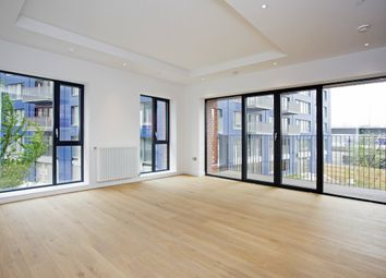 Thumbnail 2 bedroom flat to rent in Java House, Botanic Square, London City Island