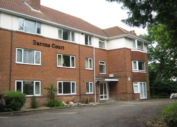 2 bed flat to rent in Poole Road, Poole BH12