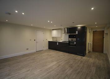 2 bed flat to rent in Victoria Road, Aldershot GU11