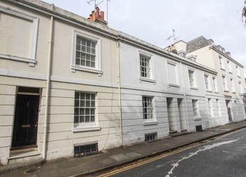 Pelham Square, Brighton BN1. 2 bed terraced house