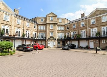 2 bed flat for sale in Queens Gate, Harrogate, North Yorkshire HG1