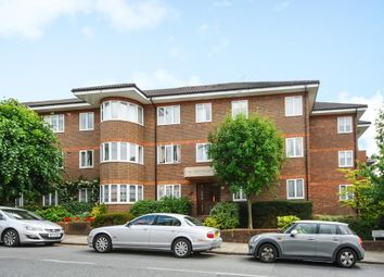 Thumbnail 3 bed flat to rent in Hendon Lane, Finchley