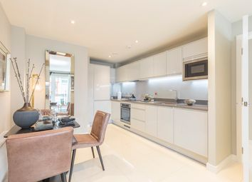 Thumbnail 2 bedroom flat for sale in Southampton Way, Camberwell