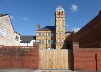 Thumbnail 2 bed duplex to rent in Court Road, Barry