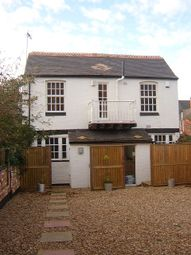 Thumbnail 2 bed cottage to rent in Central Avenue, Leicester