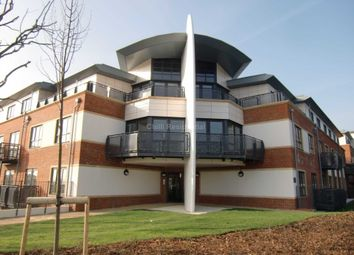 Thumbnail 2 bed flat to rent in Wallis Square, Farnborough