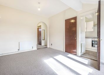 Thumbnail 2 bedroom flat to rent in Willow Close, Beare Green, Dorking