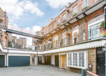 2 Bedrooms Mews house to rent in Kensington Court Mews, Kensington Court, London W8