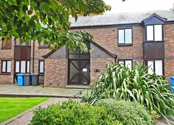 1 bed flat to rent in Grammar School Yard, Fish Street HU1