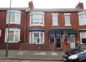 3 bed flat to rent in Harton Lane, South Shields NE34