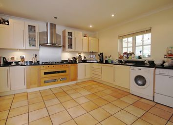 Thumbnail 4 bed town house to rent in Frenchay Road, Oxford