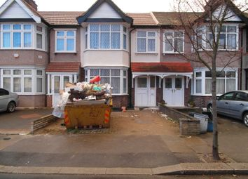 Thumbnail 5 bedroom terraced house to rent in Christie Gardens, Romford, Essex