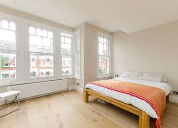 Thumbnail 3 bed property to rent in Calbourne Road, Nightingale Triangle