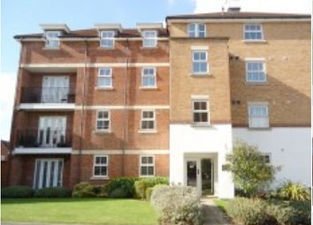 Thumbnail 2 bed flat to rent in Heathcotes, Crawley