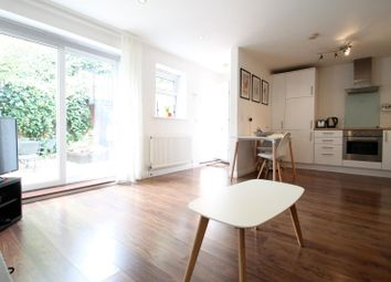 Thumbnail 2 bed flat to rent in Mayode House, Round Hill, Sydenham
