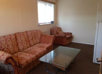 Thumbnail 2 bedroom flat to rent in Appleford Drive, Manchester